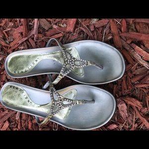 Silver Ornamental sandals Kenneth Cole